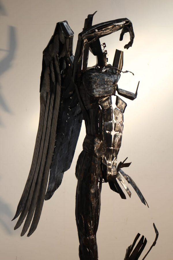 Unglaubliche Skulptur von Illgar Engel Ganz